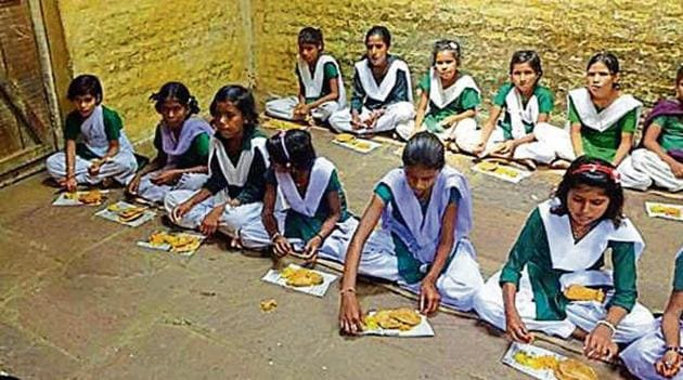 The headmasters allegedly spiked attendance of students to claim more funds under the mid-day meal programme.(HT File)