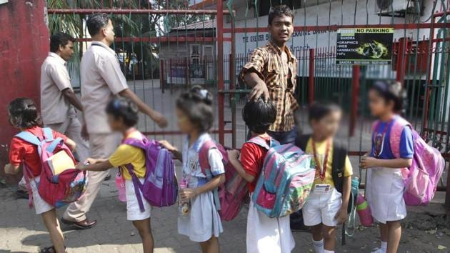 Andhra Pradesh chief minister N Chandrababu Naidu Friday offered incentives to couples willing to have more than two children. He also phased out the norm barring candidates with more than two children from contesting in the upcoming local bodies' elections.(Representative Image/HT File Photo)