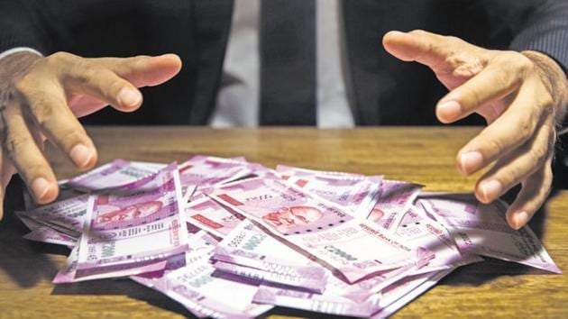 Consumer confidence levels, which were resilient until the November 2016 invalidation of high-value banknotes, have tanked 2017 onwards.(Getty Images/iStockphoto)