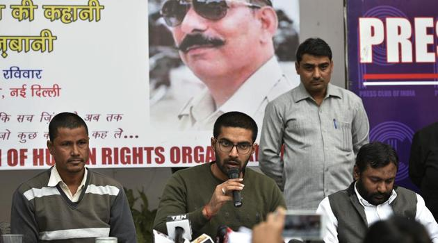 Shrey Pratap Singh, son of inspector Subodh Singh, speaks to the media during a press conference to release fact finding report on Bulandshahr violence, at Press Club of India, in New Delhi on December 30.(Biplov Bhuyan/HT PHOTO)