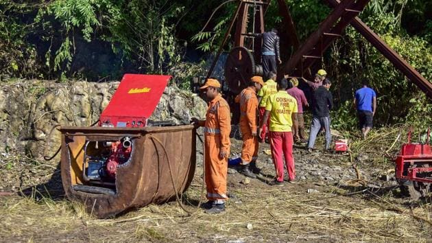Odisha Fire and Disaster team pumping the water from nearby old shaft located 500 meters from the main site of a coal mine that collapsed in Ksan, in Meghalaya.(PTI file photo)