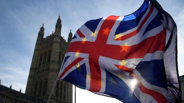 The surcharge has been levied on Indian and non-EU citizens seeking a UK visa valid for at least six months since April 2015. Now it has been raised from £200 to £400.(REUTERS)