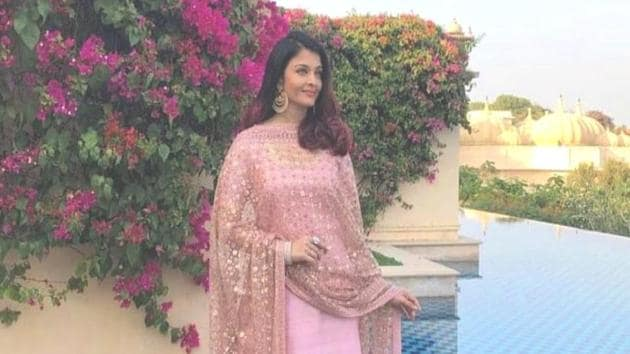 At Isha Ambani's pre-wedding festivities in Udaipur, Aishwarya Rai Bachchan maintained a pastel palette in both her outfit and make-up. (Instagram)