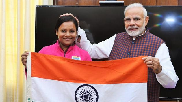 Prime Minister Modi had handed over the Tricolour to Arunima Sinha, marking the beginning of her expedition to Mount Vinson, Antarctica(Sourced)