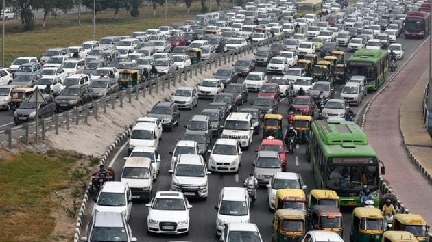 Delhi roads are the ultimate testing ground for your reflexes.(Mohd Zakir/HT File Photo)