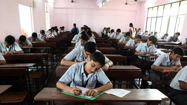 The percentage of all children in standard 3 who can read at standard 2 level has climbed up slowly over the past few years, according to the government's Annual Status of Education Report (ASER) 2018.(HT file)