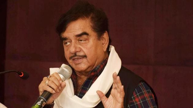 What is embarrassing BJP more is that while criticising his own party, Sinha has, of late, started visiting opposition leaders and showering praises on them.(PTI)