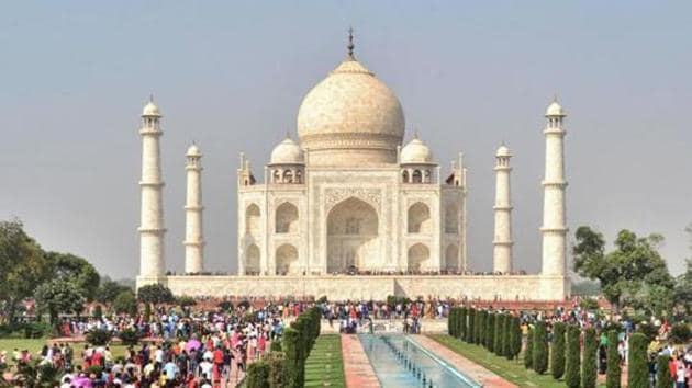 To recall, the district administration has already declared the airspace over Taj Mahal and nearby areas a 'no-flying zone' and asked hotels to apprise visitors about the restriction.(AFP)