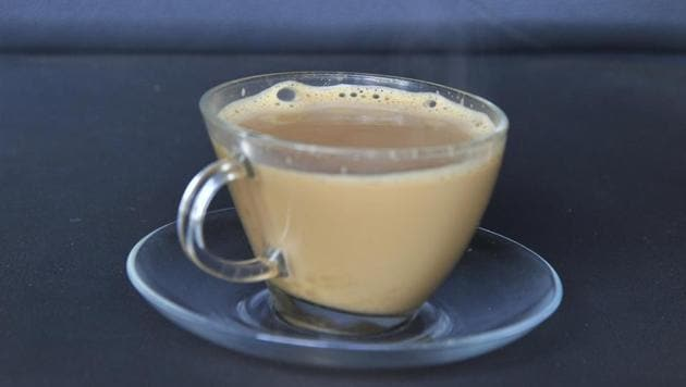 Convener of Jannayak Janta Party (JJP) and Hisar MP Dushyant Chautala on Sunday took a dig at Indian National Lok Dal (INLD), saying that he has come to know that the INLD has asked its party workers to stop drinking tea in cup and plate.(Hindustan Times/ Representative Image)
