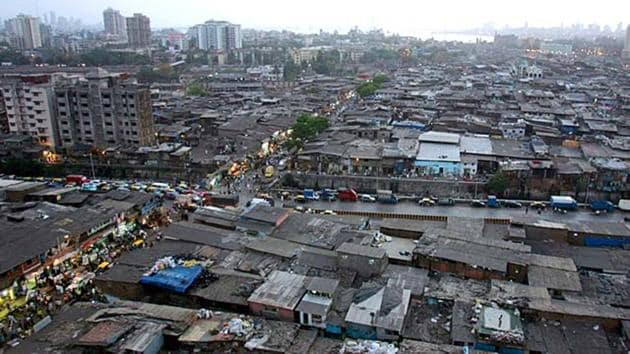 An aerial view of Dharavi slums in Mumbai. New migrants in a city prefer to rent. When migrants belong to low-income groups, they usually find a shelter in the city's slums thanks to kinship and other social networks(HT file photo)