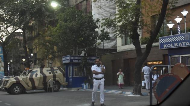 Security arrangement outside the house of Trinamool Congress leader Abhishek Banerjee in Kolkata.(Arijit Sen/HT Photo)