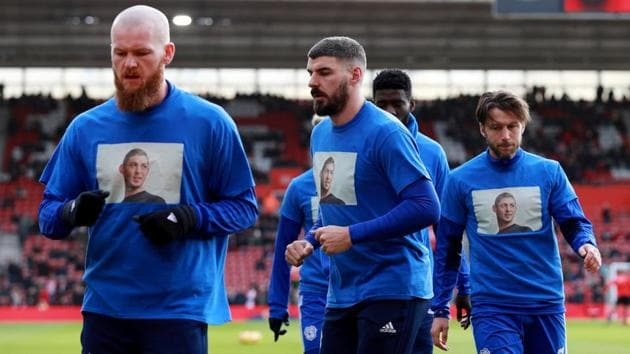 Cardiff City's Harry Arter and team mates wear shirts in remembrance of Emiliano Sala during the warm up before the match(REUTERS)