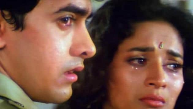 Madhuri Dixit and Aamir Khan in Dil.