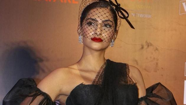 Sonam Kapoor Ahuja attends the Filmfare Glamour and Style Awards 2019, in Mumbai, Tuesday, Feb.12, 2019.(PTI)