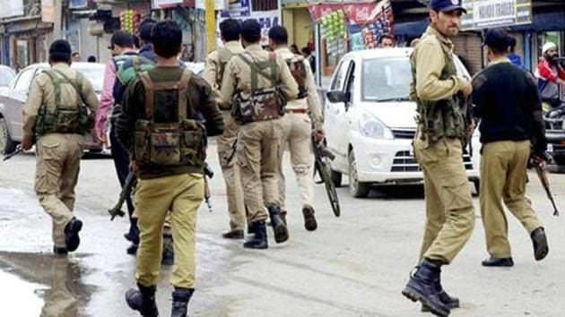 A six-man team of Jammu and Kashmir Police currently provides a security cover to former chairman of the moderate Hurriyat Conference, Molvi Abbas Ansari.(PTI)
