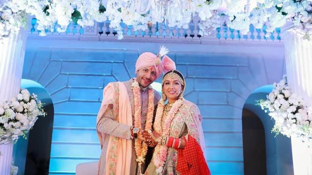 Neeti Mohan and Nihaar Pandya wedding photos have gone viral.