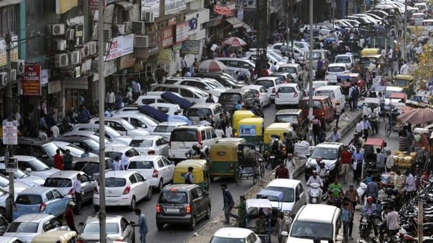 At the Lajpat Nagar market, the SDMC, in collaboration with the Traders' Association Lajpat Nagar (TALN), has created designated parking spaces, installed CCTVs and also put in place the system of parking vehicles at 45 degrees for maximum utilisation of space.(Hindustan Times)
