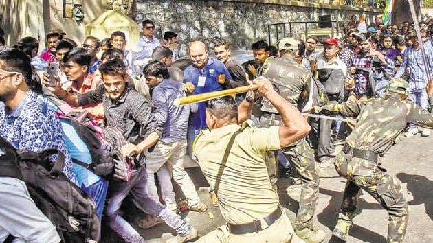 Members of the state-level Association of Deaf were subjected to baton charge by police officials after they protested against the government for not fulfilling their demands on Monday, Feb 25, 2019.(HT Photo)