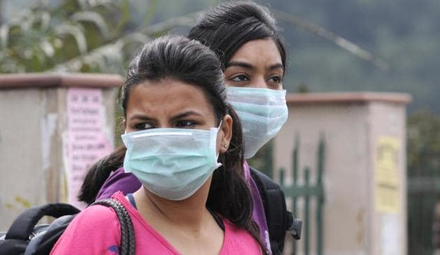 North India continues to be in the grips of seasonal flu, with H1N1 (swine flu) cases likely to cross 15,000 by the end of February, which is more than the 14,992 cases confirmed in the entire year in 2018.(HT Photo)