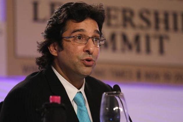 Wasim Akram was surprised at Mohammed Amir's decision to retire from Tests(Hindustan Times)