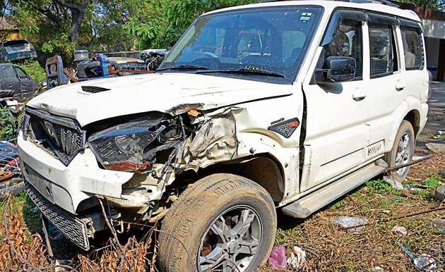 The Scorpio in which the suspects had come to the shop was seized by Kavi Nagar police.(Sakib Ali/HT Photo)