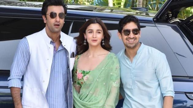 Alia Bhatt, Ranbir Kapoor and director Ayan Mukerji spotted at the airport.(Varinder Chawla)