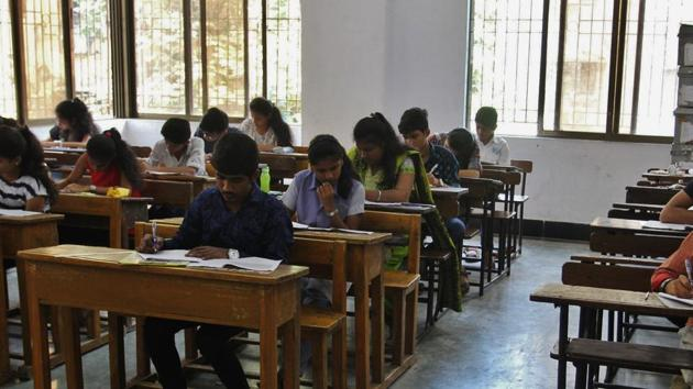 SSC CHSL 2019 application begins today. Here's how to apply(HT PHOTO)