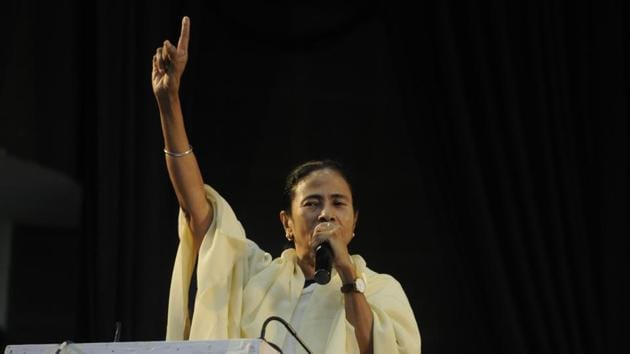 West Bengal Chief Minister Mamata Banerjee on Wednesday accused Narendra Modi of doing opportunistic politics over the dead bodies of jawans.(HT Photo)
