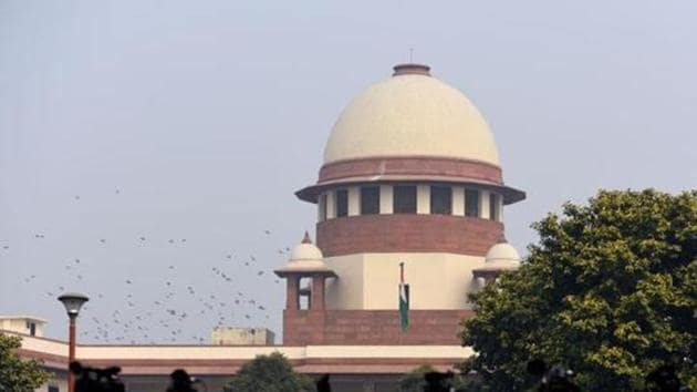 A Constitution Bench led by Chief Justice of India (CJI) Ranjan Gogoi referred the decades-old Ramjanmabhoomi-Babri Masjid title dispute to a three-member mediation panel on Friday, setting aside the absence of consensus between rival claimants on such a move in the hope of reaching an amicable settlement.(Amal KS/HT PHOTO)