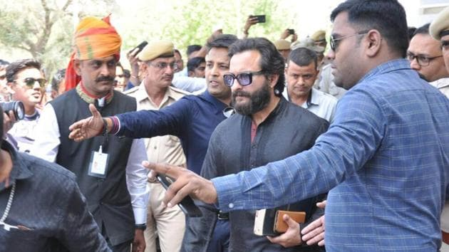 The Rajasthan High Court has issued notices to Bollywood actors Saif Ali Khan, Tabu, Sonali Bendre, Neelam and a local resident, Dushyant Singh, in connection with the hunting of two blackbucks in 1998. The state government had filed a leave-to-appeal in the High Court against the acquittal of the five accused. (HT Archive)