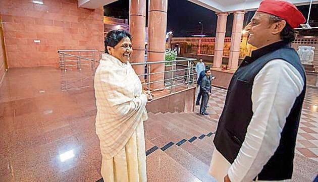 "After the meeting, Akhilesh tweeted: ""Ek mulaqat mahaparivartan ke liye (A meeting for change)"".(Twitter)"