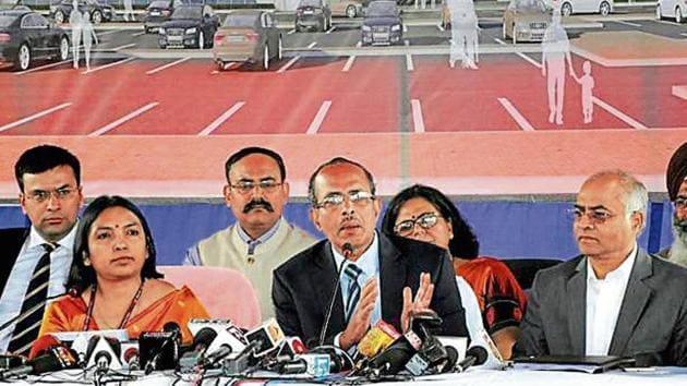 MHA joint secretary SCL Das (centre) addresses a press conference after a meet Pakistan delegates, in Attari, Thursday.(PTI)