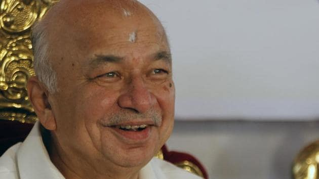 Former Maharashtra CM Sushilkumar Shinde is the Congress candidate from Solapur Lok Sabha constituency.(HT File)