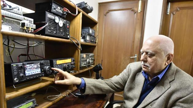 Rahul Kapoor, 69, shows the ham radio set-up at his residence, at Surya Niketan, New Delhi. He was only 16 when he got his ham license.(Sanjeev Verma/HT PHOTO)