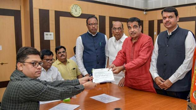 Union Transport Minister and BJP candidate Nitin Gadkari files his nomination for Nagpur constituency ahead of the Lok Sabha elections, in Nagpur, Monday.(PTI)