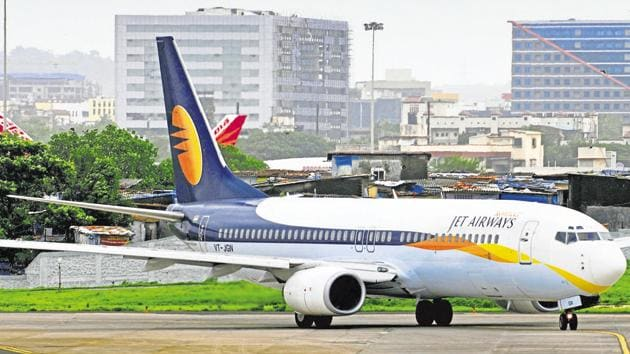 Almost 80,000 passengers had their flights cancelled in February, the highest ever, reflecting the combined impact of the grounding of about 50 Jet Airways planes and curtailing of its schedule by IndiGo(Mint File Photo)