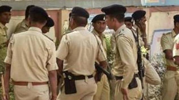 Police said the two groups attacked each other with sticks and pelted stones.(PTI File Photo/Representative image)