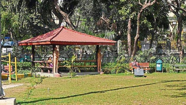 There are more than 18,000 parks and gardens spread over 8,000 hectares, over various locations across the city .(HT FILE PHOTO)
