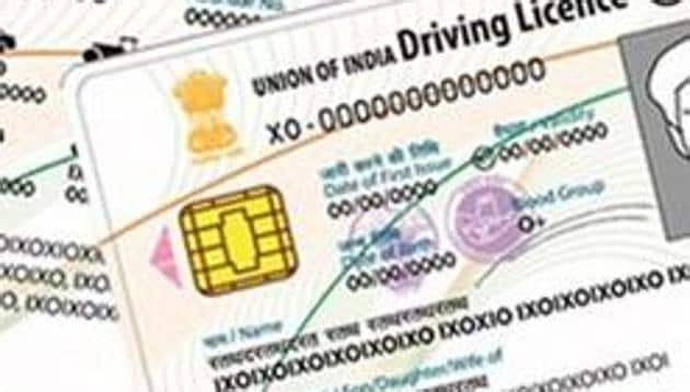 Smart card driving licence holders will no longer need a no-objection certificate (NOC) from the regional transport office (RTO) to renew the licence, get copies made or change the address.(HT File Photo)