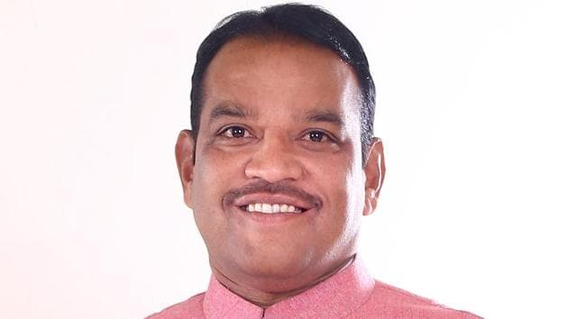 Shiv Sena candidate Shrirang Barne has launched his campaign and BJP MLA and party's city unit chief Laxman Jagtap, has been missing in action and is conspicuous by his absence.(HT PHOTO)