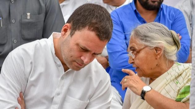 Delhi Congress chief Sheila Dikshit held a meeting with senior party leaders on Saturday night at her residence, where two to three candidates were shortlisted for each of the seven constituencies in the national capital.(PTI)