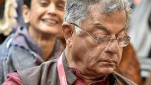 Actor, film director, writer and playwright Girish Karnad is among the 210 artistes who have appealed about voting in Lok Sabha elections.(Sanjeev Verma / HT File)
