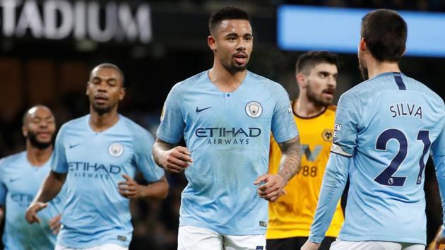 Manchester City's Gabriel Jesus celebrates scoring their second goal with team mates.(Action Images via Reuters)