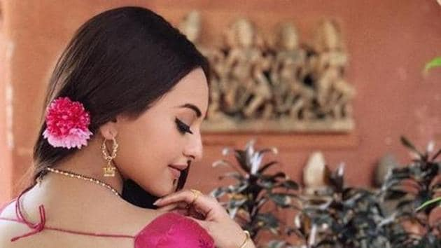 Sonakshi Sinha will reprise her role as Rajjo in Salman Khan's Dabangg 3.(Instagram)