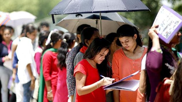 CBSE CTET 2019 : The CBSE has also increased the number of examination centres in Bihar and Assam for the CTET, after the number of applicants increased beyond the capacity of schools and colleges in Patna and Guwahati, where the examination was to be held.(HT file)