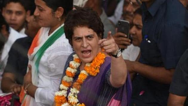 """Congress general secretary Priyanka Gandhi on Friday criticised Prime Minister Narendra Modi for travelling all over the world, but not finding the time to hug a """"poor family"""" from his own constituency of Varanasi.(HT Photo/Raj K Raj)"""