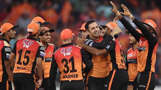 SRH bowler Mohammad Nabi celebrates with his teammates after dismissing RCB batsman AB de Villiers during the Indian Premier League 2019 (IPL T20) cricket match between Sunrisers Hyderabad (SRH) and Royal Challengers Bangalore (RCB) at Rajiv Gandhi International Cricket Stadium in Hyderabad, Sunday, March 31, 2019.(PTI)