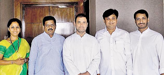 From left: Supriya Sule, Pradip Garatkar, Rahul Gandhi, Chetan Tupe and Parth Pawar(HT PHOTO)