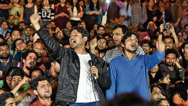 Kanhaiya Kumar, former president of Jawaharlal Nehru University Students' Union who was arrested on sedition charges, addresses students after his release in New Delhi on March 3, 2016.(HT File)