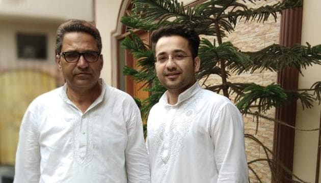 Junaid Ahmad of Uttar Pradesh secured the third rank in the Union Public Service Commission (UPSC) examination, results of which were declared on Friday. Junaid standing with his father in the picture.(HT photo)